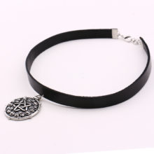 Witcher 3 Yennefer Leather Choker Necklace the Wild Hunt Game Cosplay Gold/Silver Pendant
