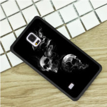 Gothic Black Smoking Skulls Phone Case Cover Samsung