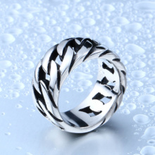 Gothic Chain Pattern Link Ring Man