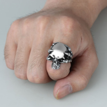 Gothic Silver Skull Head Biker Ring With Raven Claws